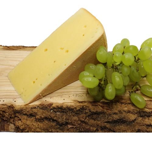 Dorfkäse 6 Monate Reifezeit Butterkäse oder Weichkäse direkt von der Alm